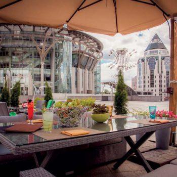 Новая урбанистическая терраса ресторана «Акапелла»