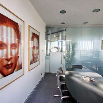 Высокое искусство в офисном интерьере