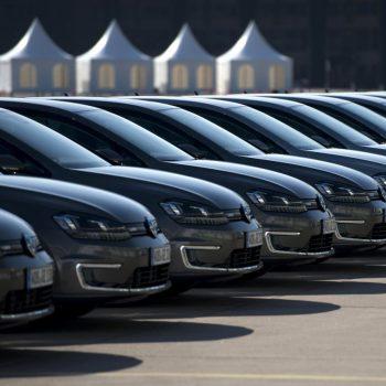 Менеджеру предоставили корпоративный автомобиль: как доказать, что он не водитель