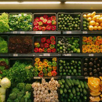 «Азбука вкуса» дарит бонусы за экологичные привычки