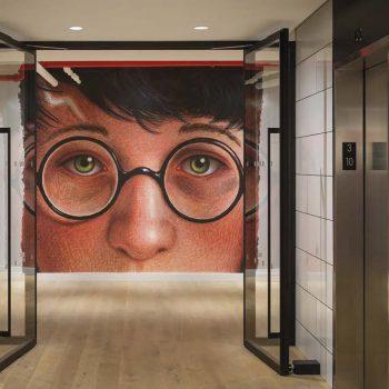 Сказочный дизайн штаб-квартиры Scholastic