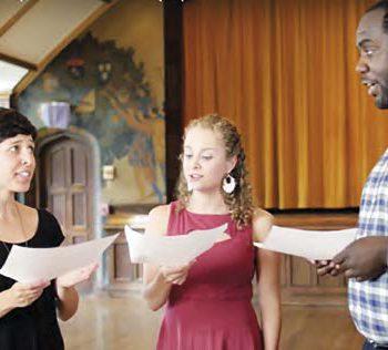 Как хоровое пение может научить лидерству?