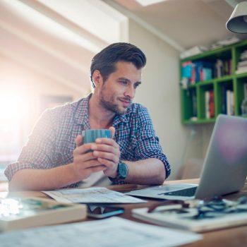 Десять советов для того, чтобы работать дома так же продуктивно, как в офисе