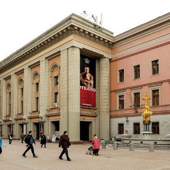 Театр Вахтангова: по ту сторону кулис