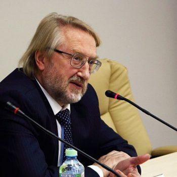 Представитель Роспотребнадзора рассказал об условиях снятия масок в офисах